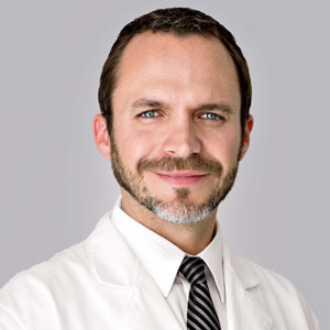 Dr. Castaneda is a board certified plastic surgeon at Cosmed Clinic Mexico